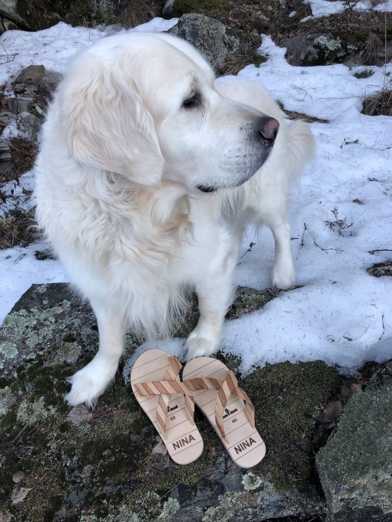 Puiset sandaalit omalla nimellä!